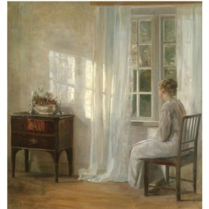 woman-by-window-holsoe3